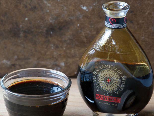 الخل البلسمي Balsamic vinegar